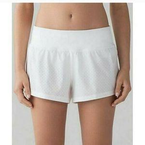 Lululemon Final Lap - running shorts white size 10